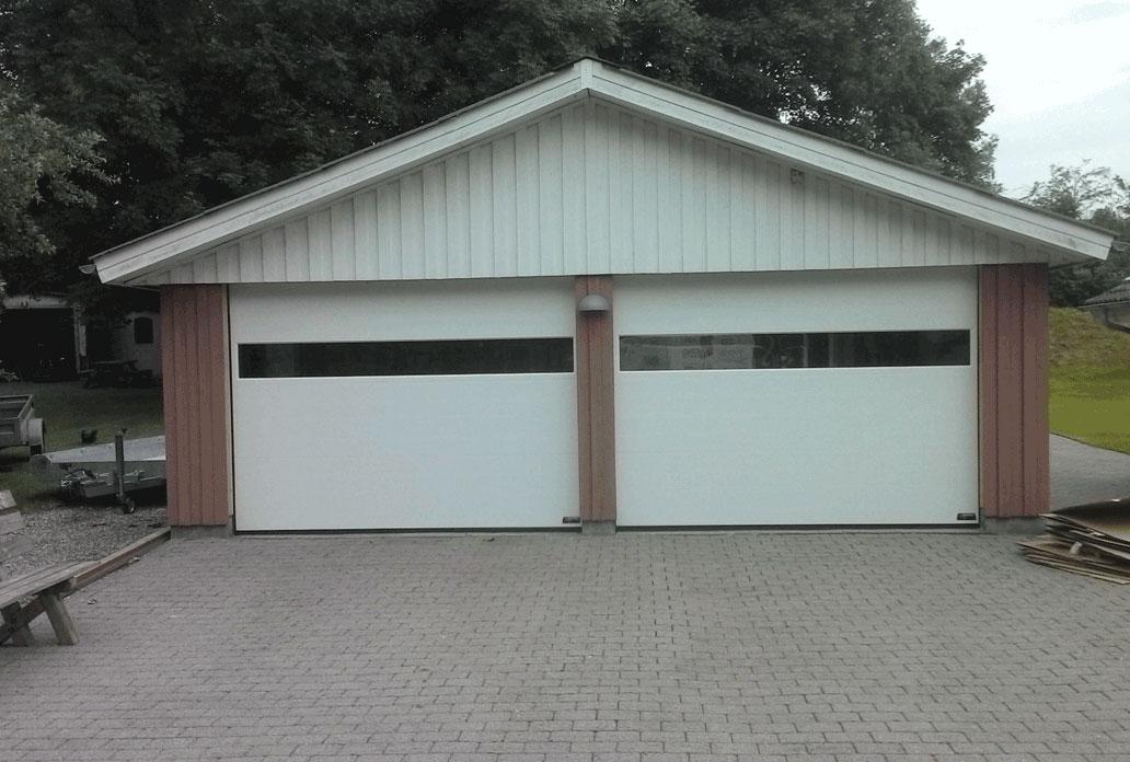 dobbelt garageport i klassisk NASSAUmed panorama