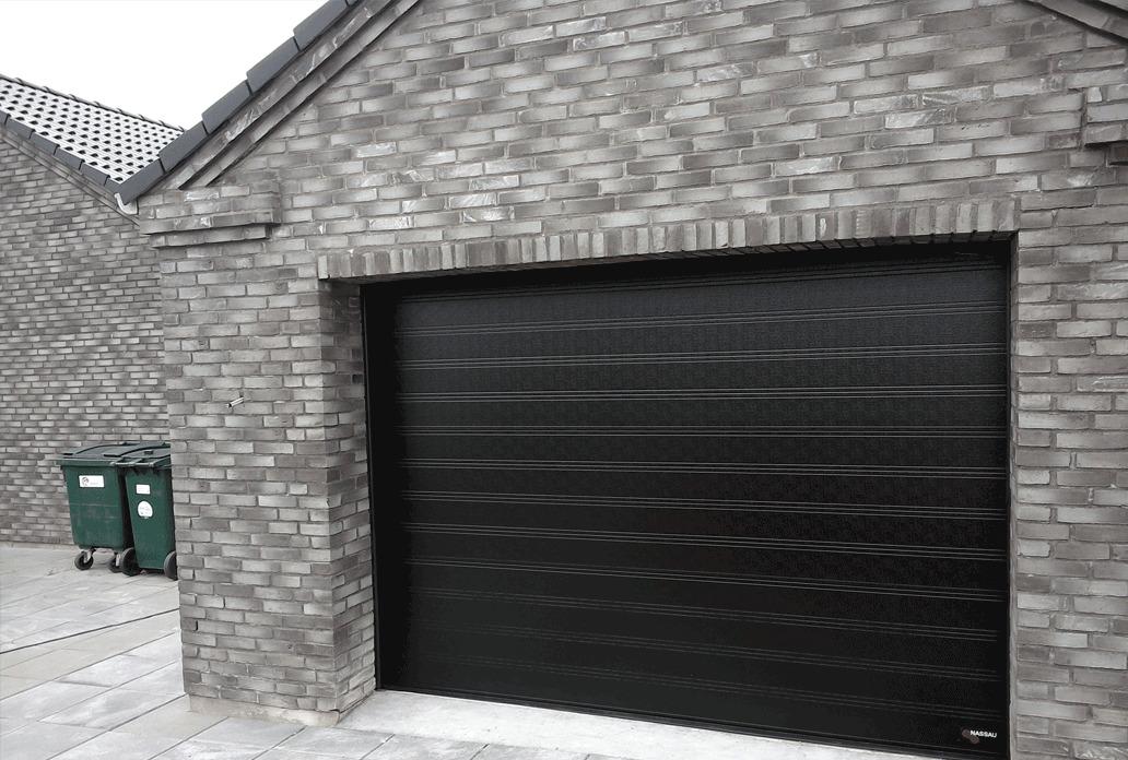 Sort NASSAU Classic Garageport i gråstenshus