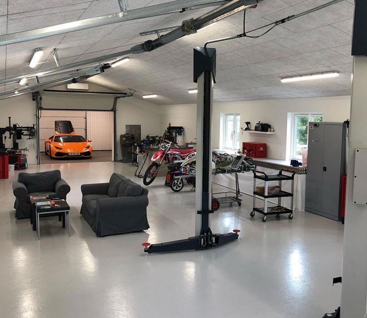 Nicolas Kiesas garage fuldt overblik