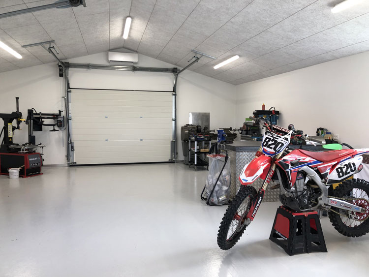 Kiesa Garage meget mere plads