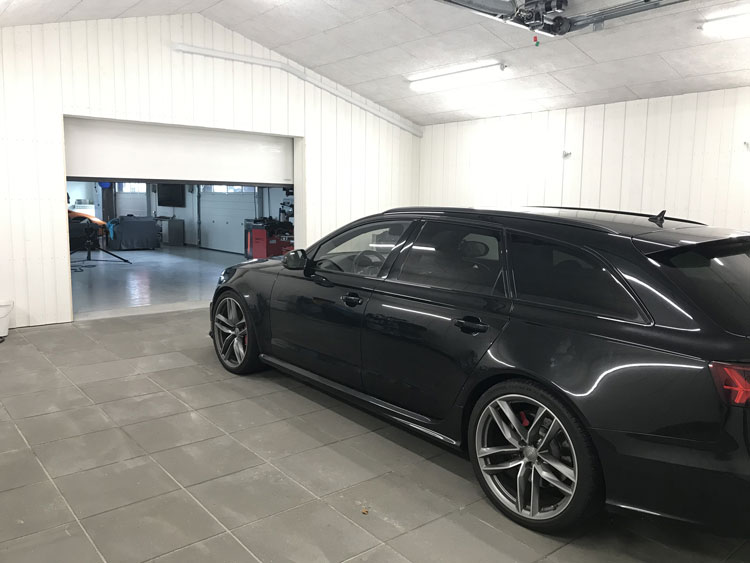 Nicolas kiesa garage klargøring