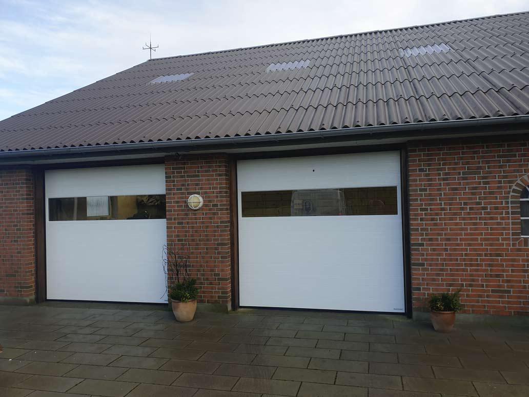 Hvid NASSAU garageport panorama vindue