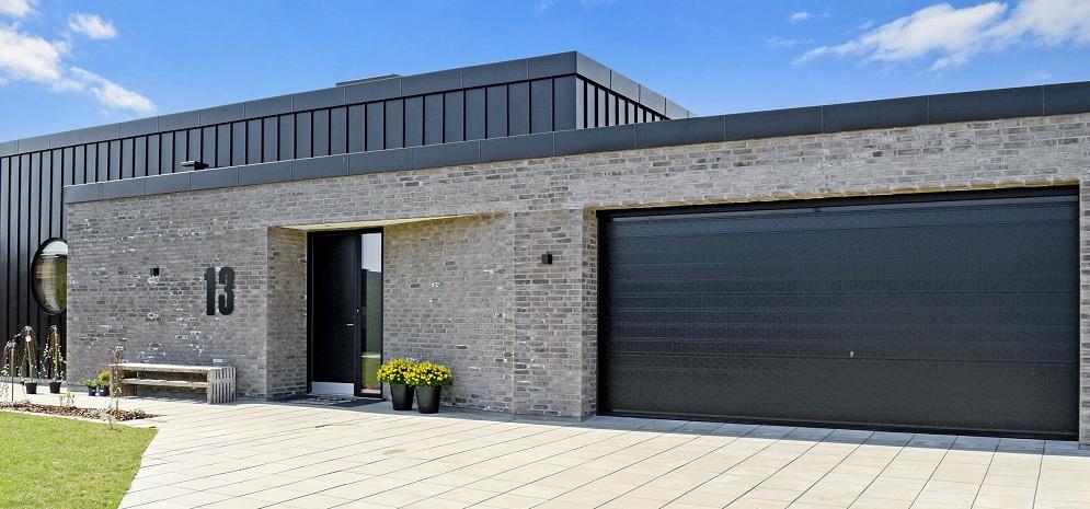 Byg dit hus velkommen med en Garageport
