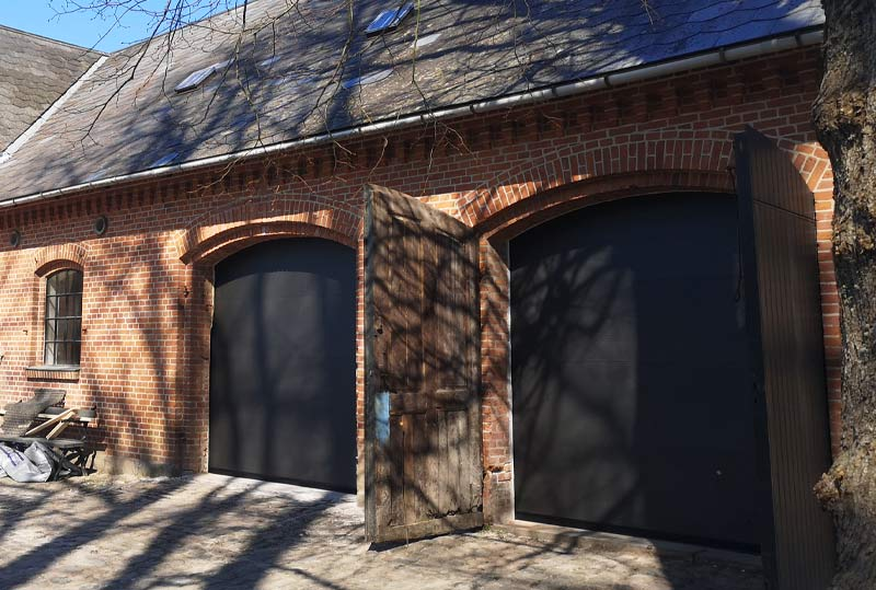 Sort softline garageport